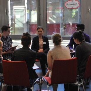 Berufseinstiegstag 2016 in Essen: Aufnahme einer Diskussionsrunde zum Thema Personal und Human Resources (Foto: ArbeiterKind.de)