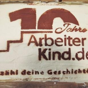 Regionaltreffen NRW in Essen: Kuchenfoto (Foto: ArbeiterKind.de)