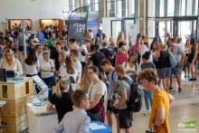 Blick auf die vielen Besucher der Stuzubi in Frankfurt. Foto: Stuzubi